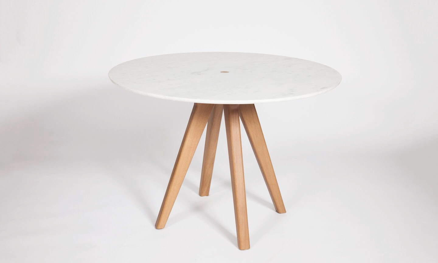 furniture-remix-arthur-table-the-hansen-family-1