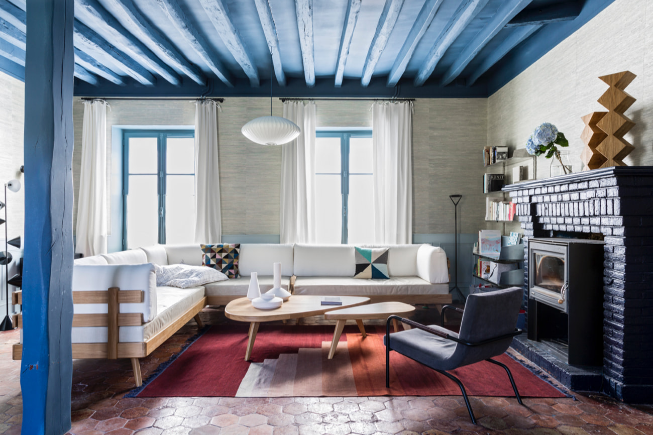 furniture_remix_coffee_table-the-hansen-family-4