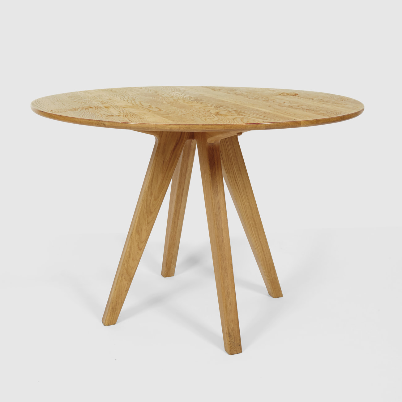furniture-remix-arthur-table-oak-the-hansen-family-1