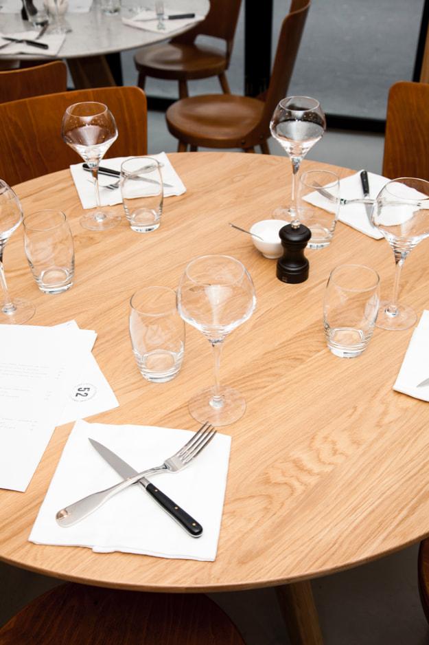 furniture-remix-arthur-table-oak-the-hansen-family-2